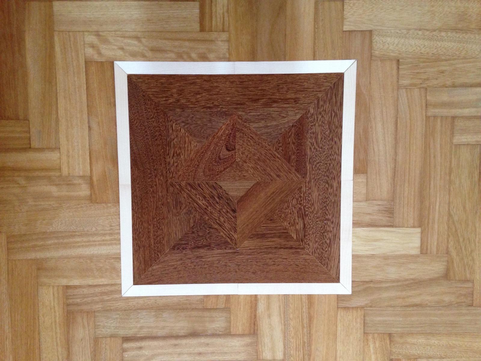 027 Iroko + quadro a disegno modello Madagascar verniciato H2O - privato