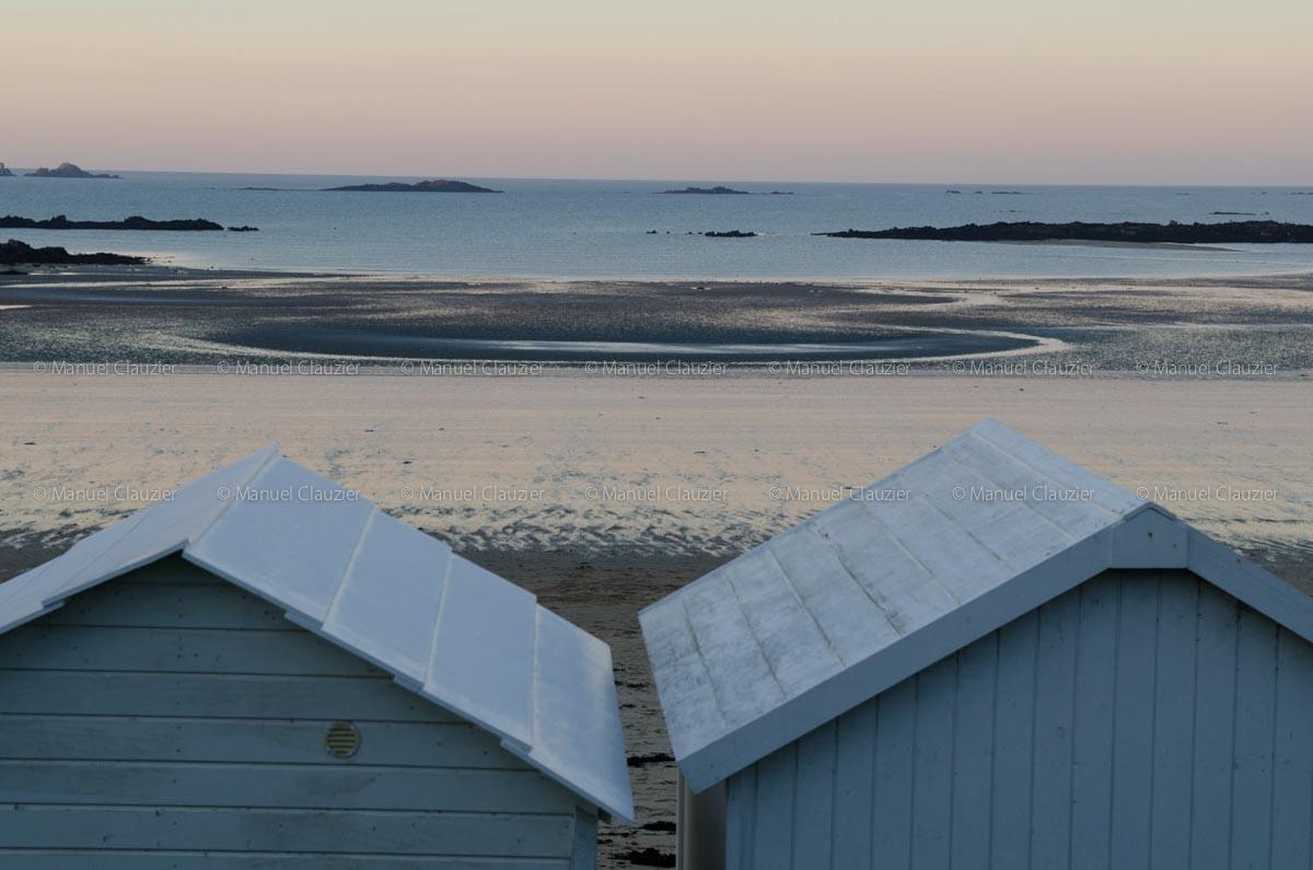 St Malo, là, à droite