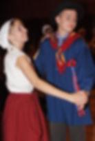 Marsannay-la-cote Auberge jupe costume traditionnel bonnet coiffe bourgogne