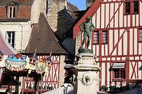 place bareuzai françois rude dijon moulin à vent manège fontaine fouleur raisin