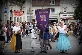 fêtes vigne défilé bourguignonne dijon bourgogne vin costume folklore
