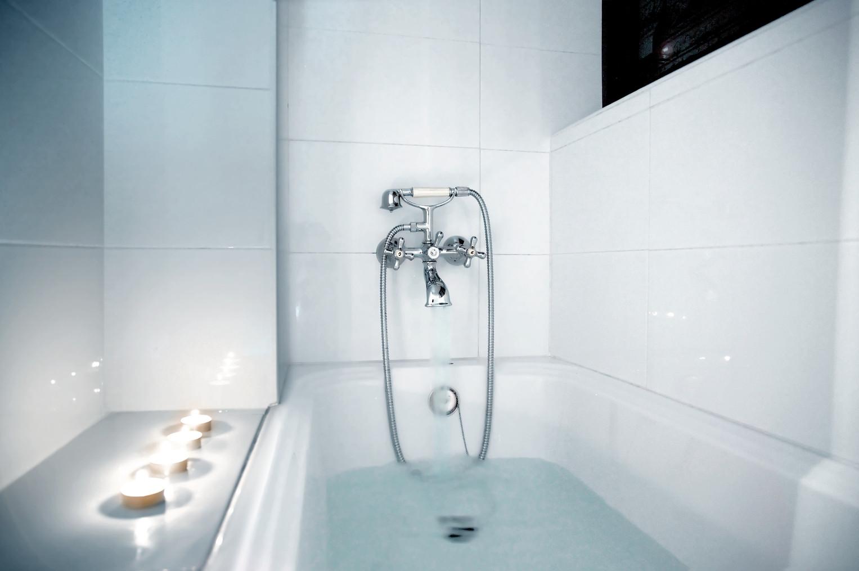 BRIANGRECH-MLV021 - The Bath.jpg
