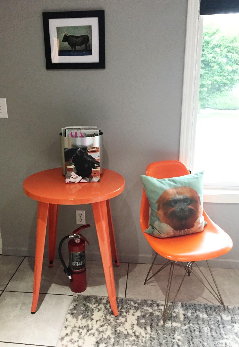orange vignette in living room