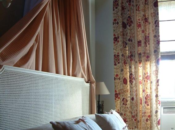 letto chambre framboise 2.JPG