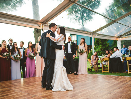 How to Curate Your Wedding Guest List