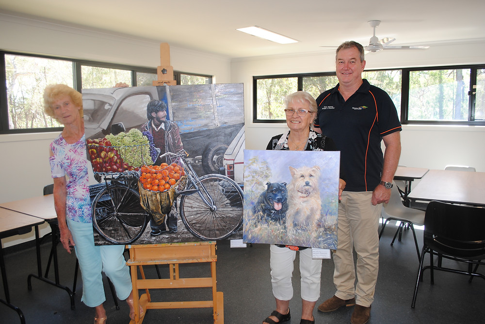 Cr Peter Flannery with Jacqui Ferguson (far left) and Marie Browning from The Artisans Guild in their new workshop