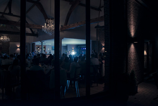 Huwelijksfotografie avondfeest