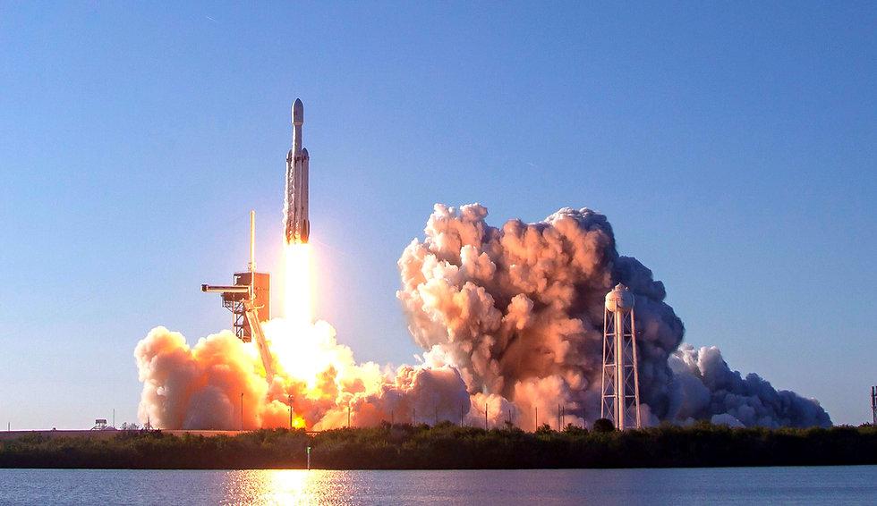 SpaceXLaunch.jpg