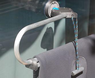 cintre de combinaison plongée lamproa à ventouse