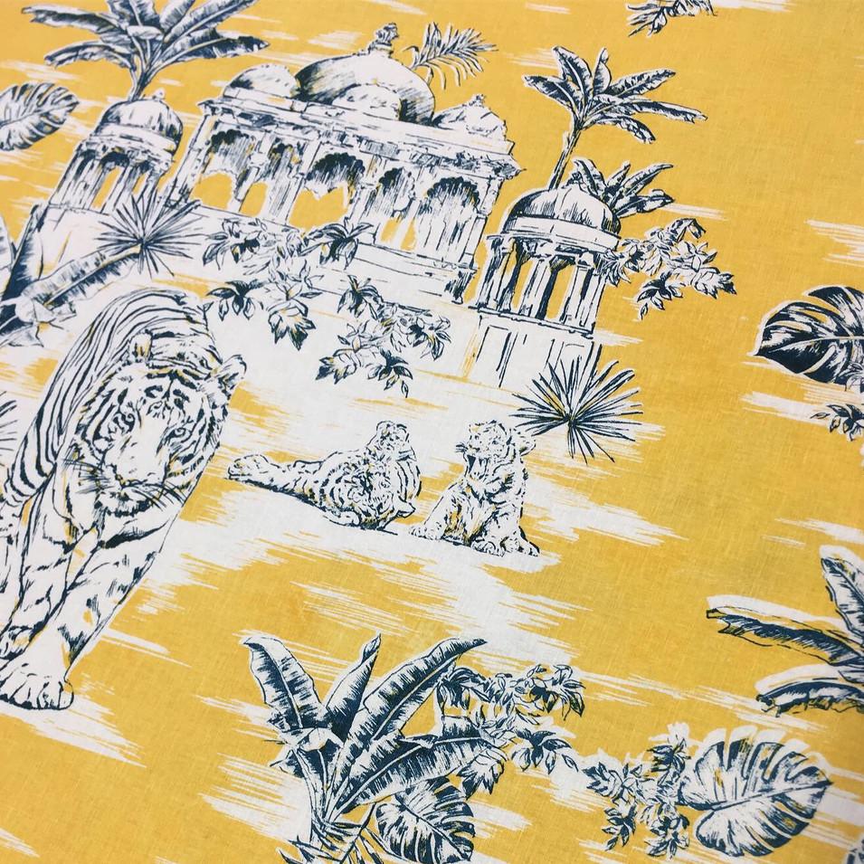Colourway on linen