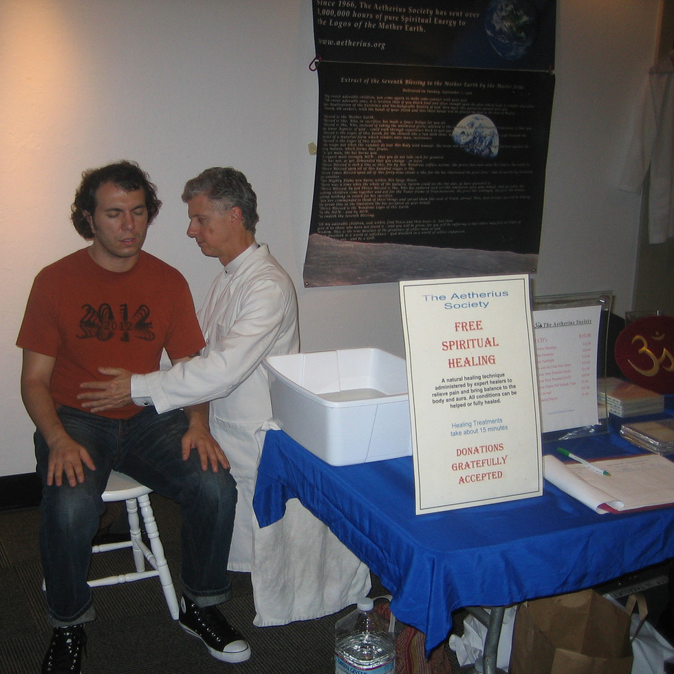 Giving contact healing at the 2012 Conference in San Francisco, USA