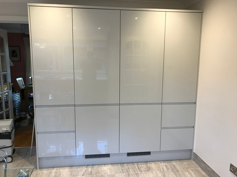 Built in fridge and freezer