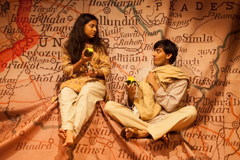 Halema Hussain, child and Karan Gill - Pali 0257