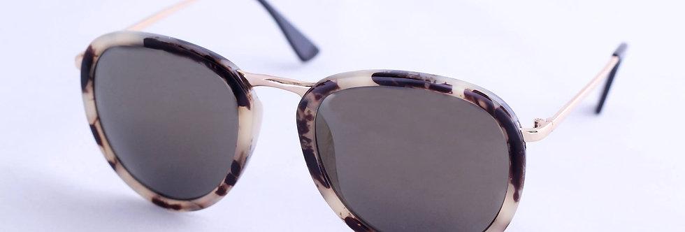 Rodrigo | 60s Aviator Tortoise Round Sunglasses | #dressyourmind
