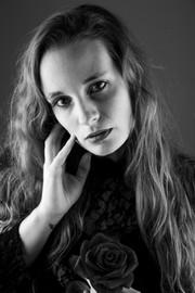 Happy Studio photo lIège shooting séance book, portrait, modèle, mannequin