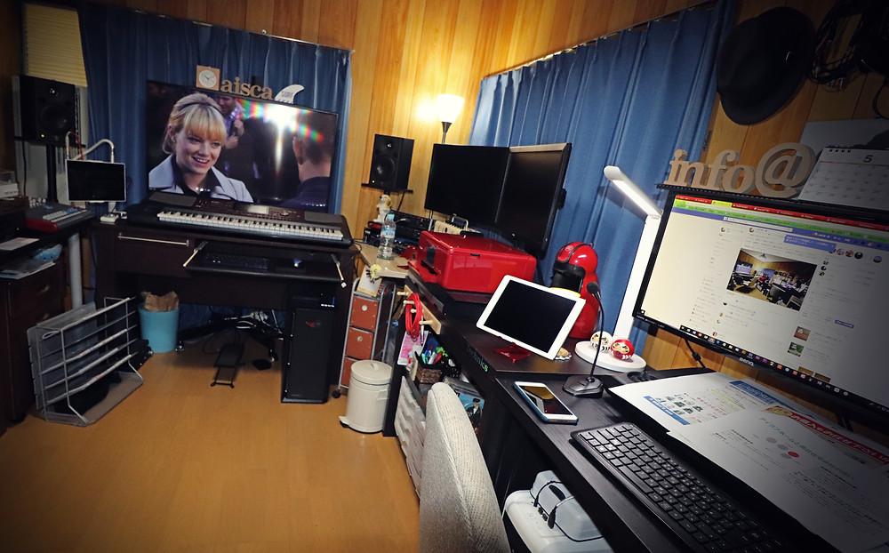 昭和スタジオでマルチタスク!?