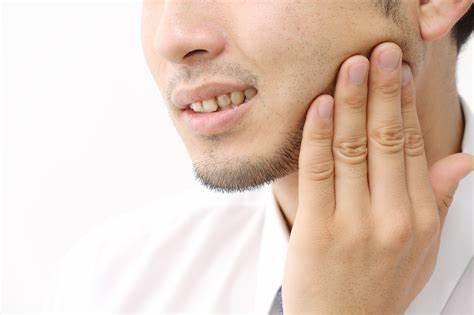 ストレスが口の中にも影響します。