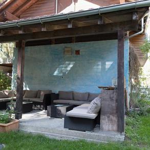 Aussenbereich, Lounge im Meditations- und Spirituellem Zentrum Rheinschlucht .jpg