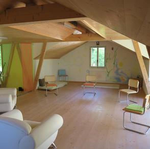Meditations- und Seminarraum bietet Raum für tiefe Einkehr, Mystik, Kontemplation.