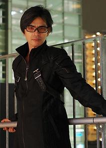 profile_hacchaki_l.jpg