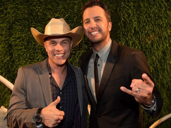 Dustin Lynch Admits Luke Bryan's Kill the Lights Tour Invite Surprised Him