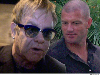 Elton John Says Ex Security Guard is a Liar