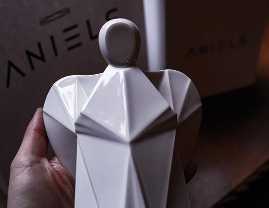 Designový porcelánový andílek
