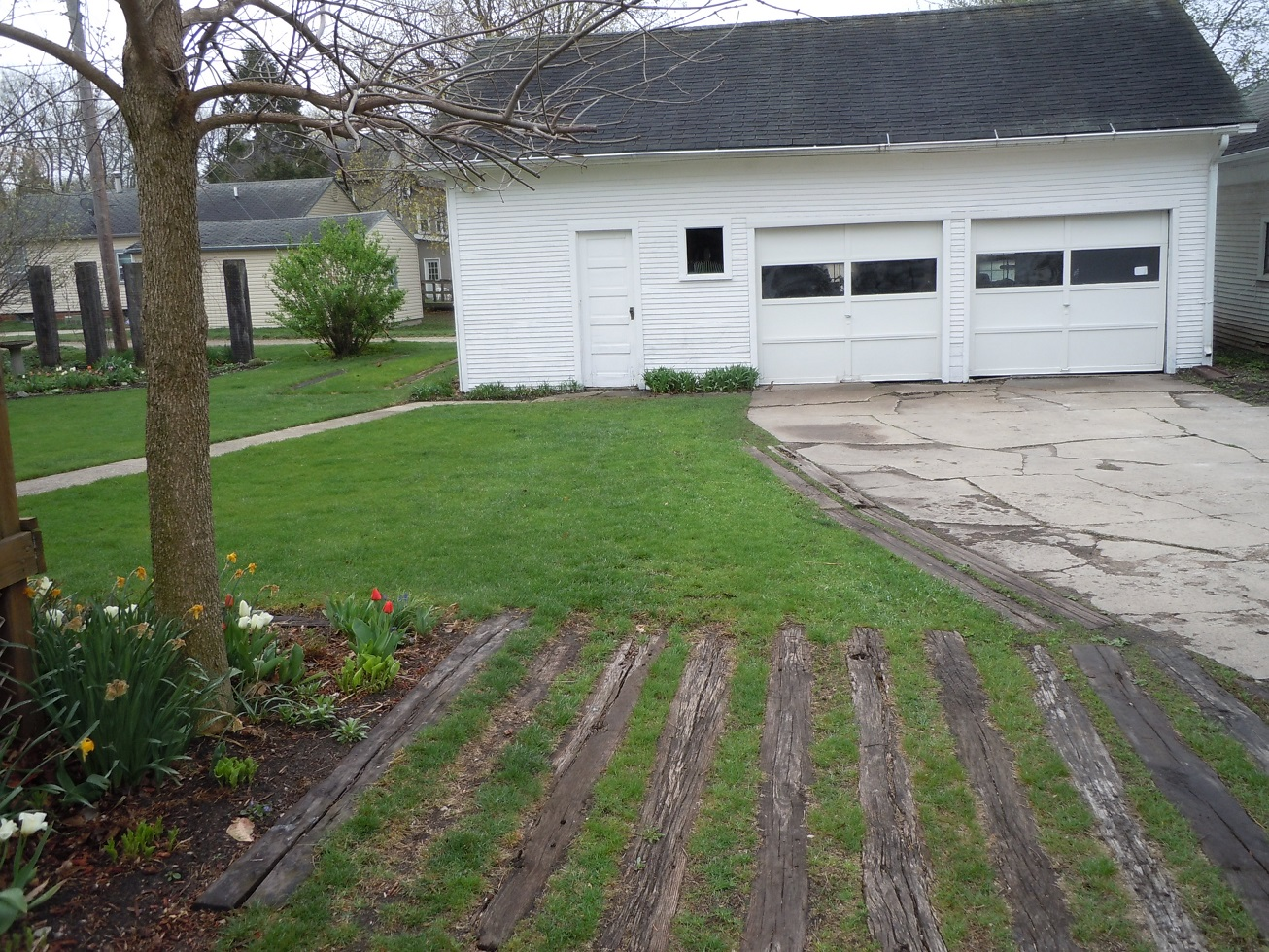 A Garage DSCN6865