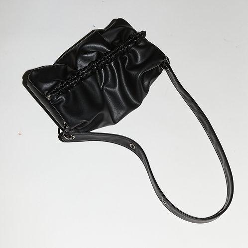 Strap Bun Bag M - Black