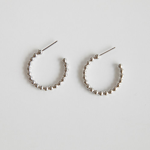 zudritt beeded silver hoop earrings