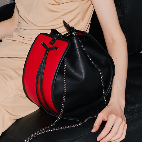 11°  Round bag Black Red [SAMO ONDOH]