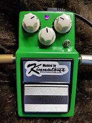 Ibanez Tubescreamer with Kinnatone mods