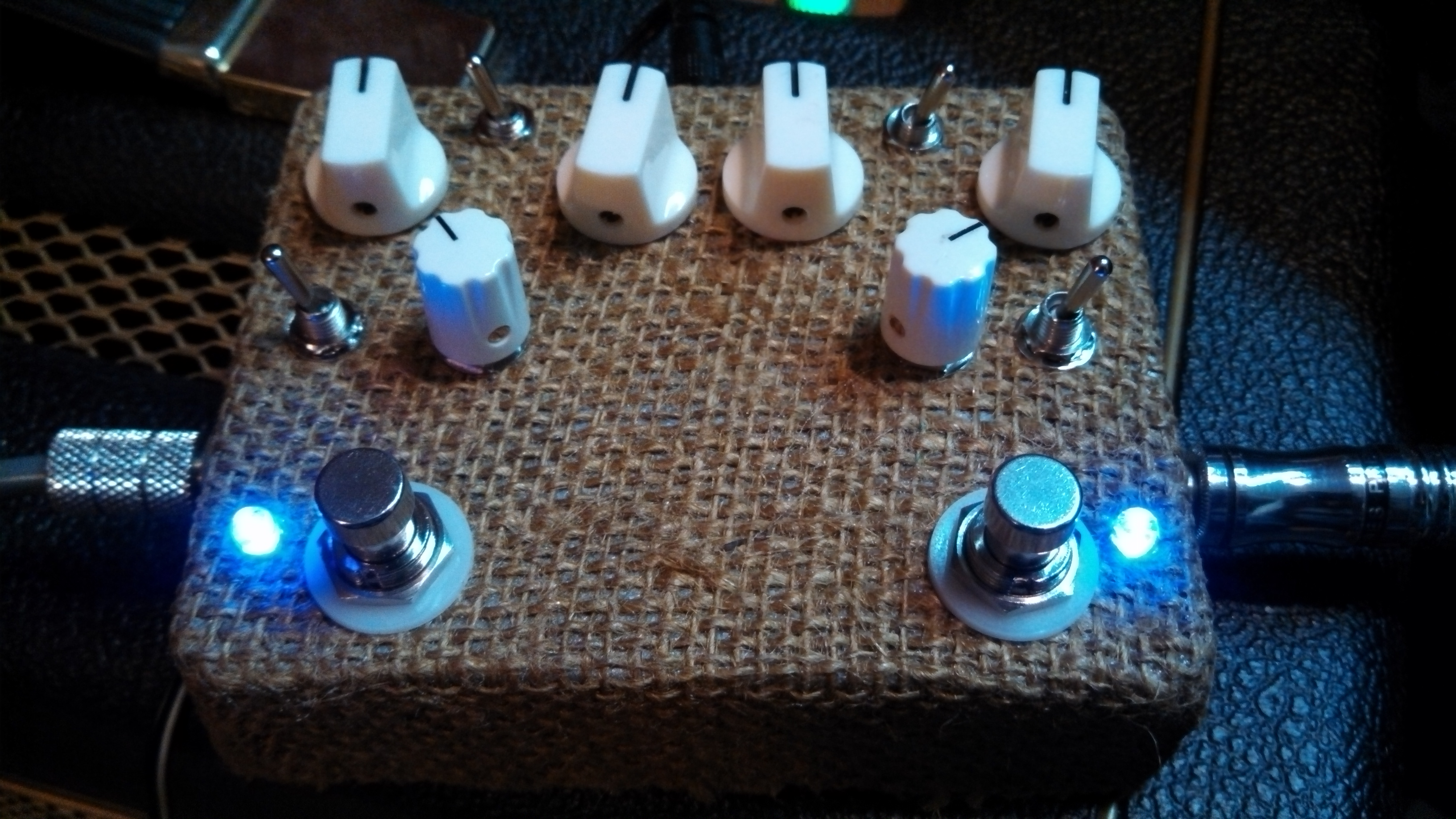 Custom Burlap Double Tube Screamer