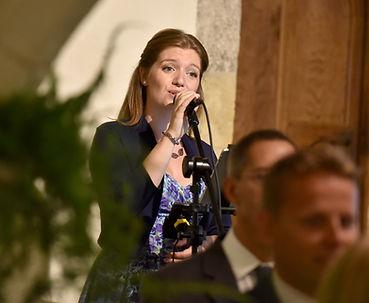 Emma White wedding event singer