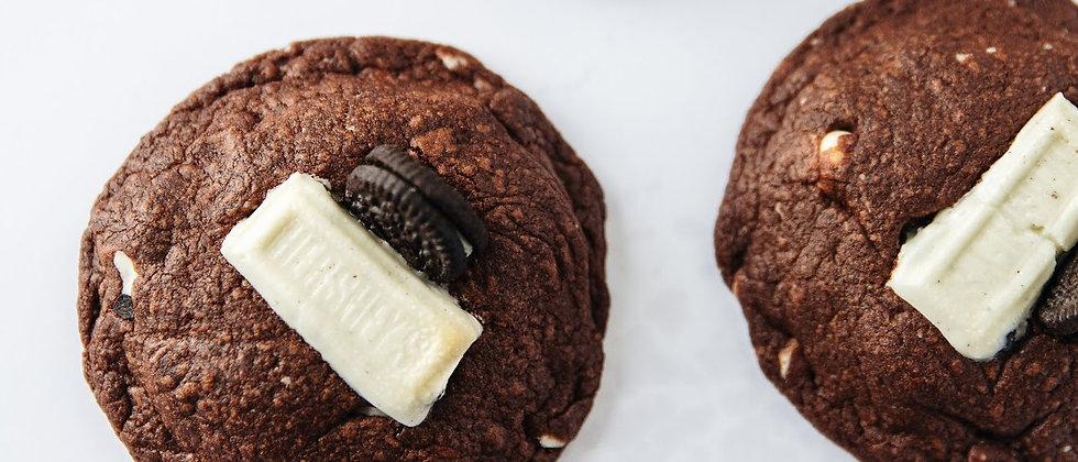 6 Cookies 'n' Cream + 6 Dark Chocolate
