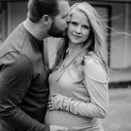 Lindsey & Matt | Maternity Session