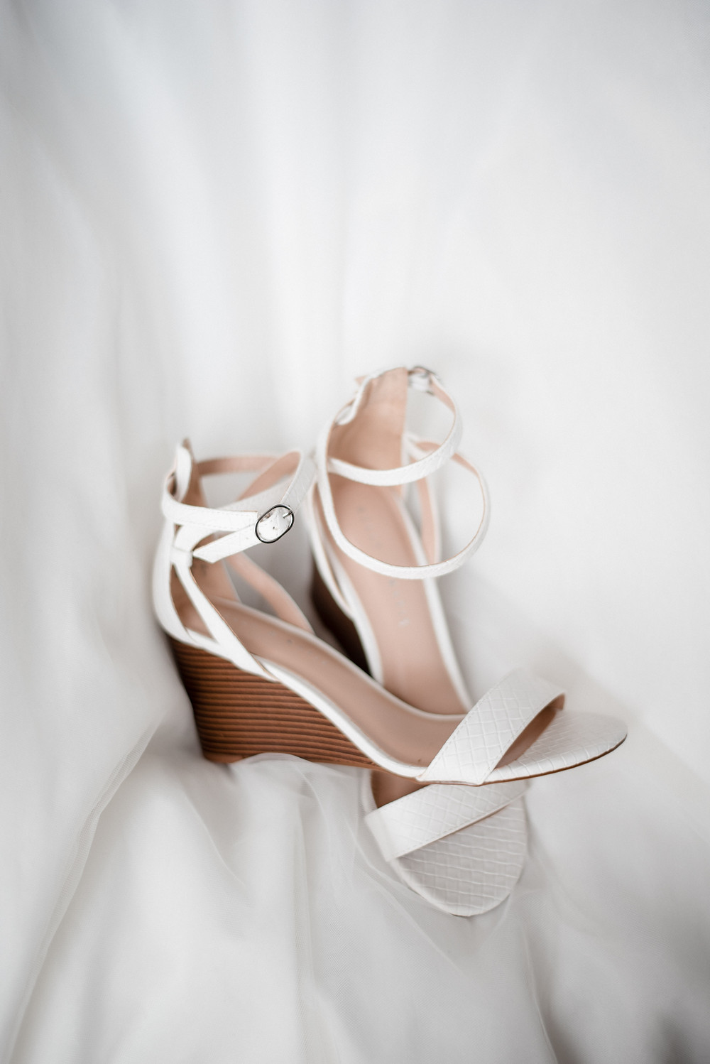 wedding shoes, heels, white, wedding photographer