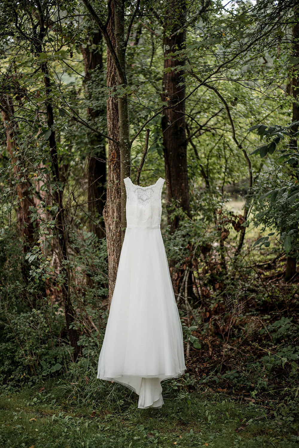 Wedding dress, lace, wedding photographer
