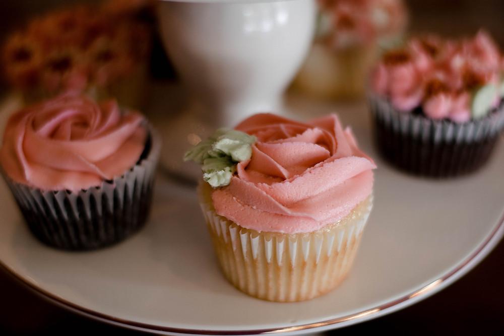 Alabaster Coffee, cupcakes, Williamsport PA wedding photographer