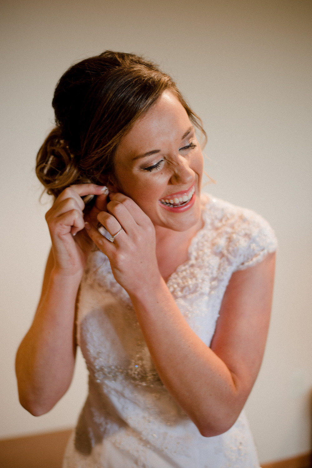 getting ready, wedding hair and makeup