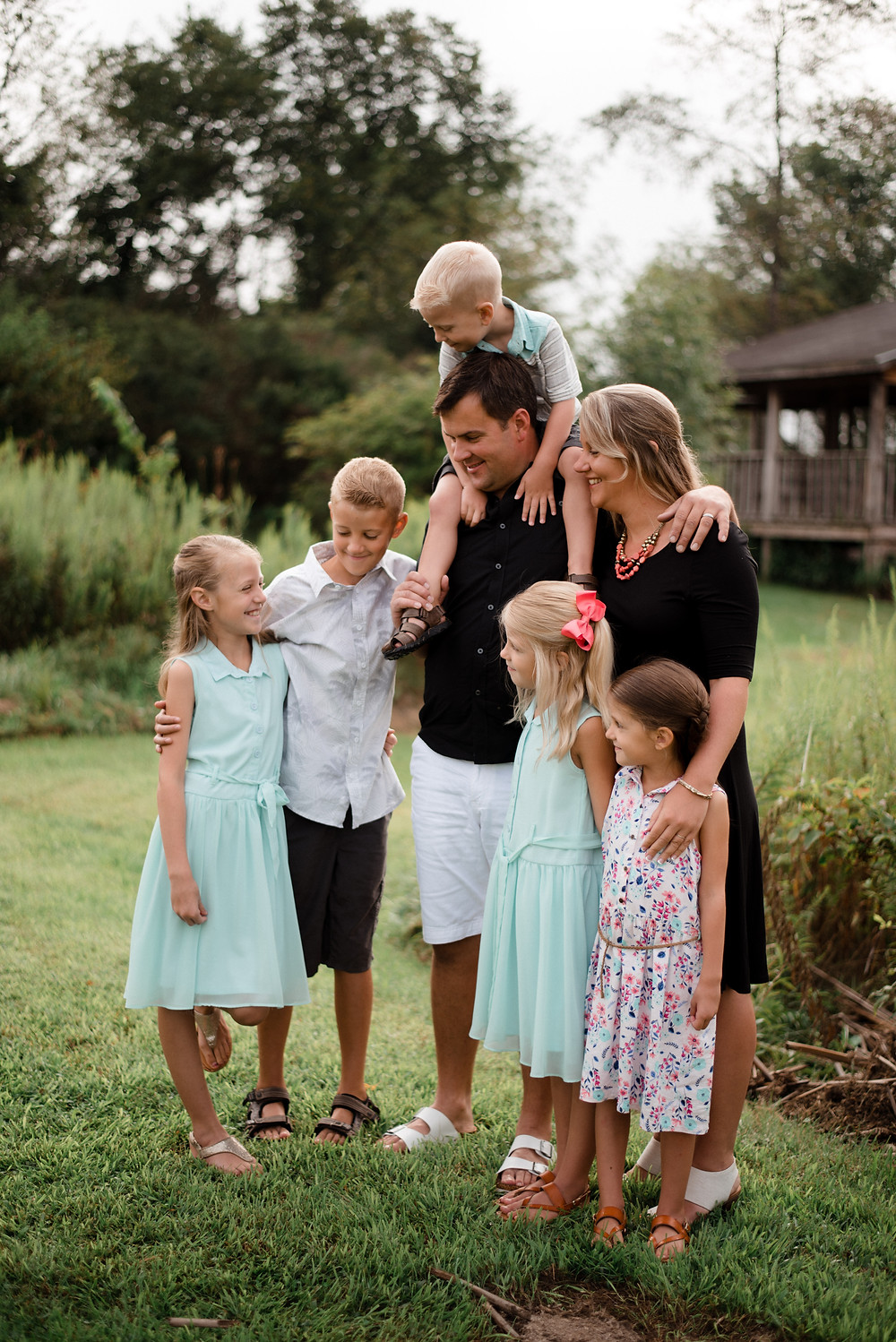 casual family candid, Pennsylvania family photographer