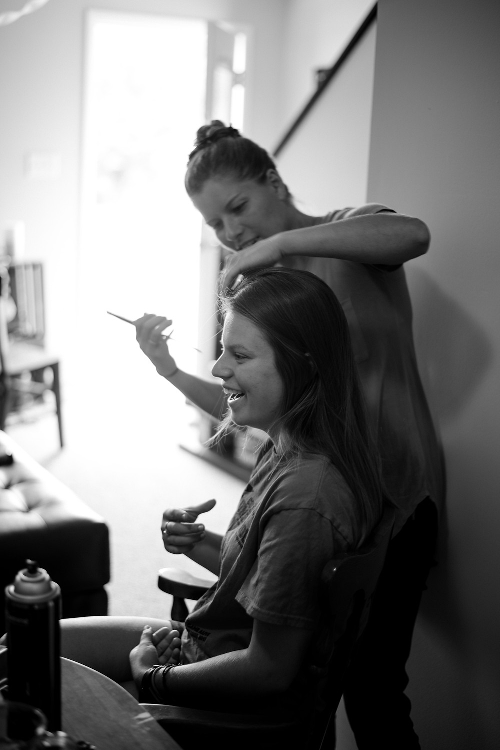 getting ready, hair and makeup, wedding photogorapher