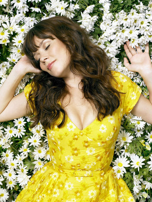 Anna Friel in Pushing Daisies Photoshoot