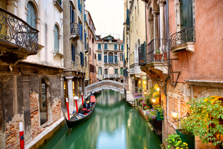 Venezia - shutterstock_721682908