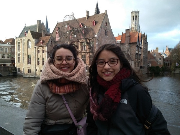 Graduadas de INCINE filmaron en Bruselas