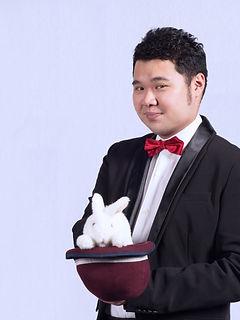 國際知名魔術大師 李昂軒|RIC富有創意.台灣最專業魔術經紀公司
