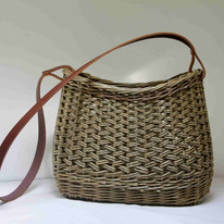 Oval leather handle £80