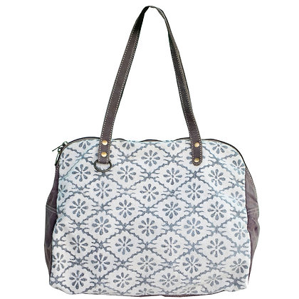 Clea Ray White Canvas Pattern Tote