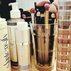 #morning #mua #makeup #rhondaallison #bellaterramakeup #loosepignents #stacksoreyecolors #lovemyface