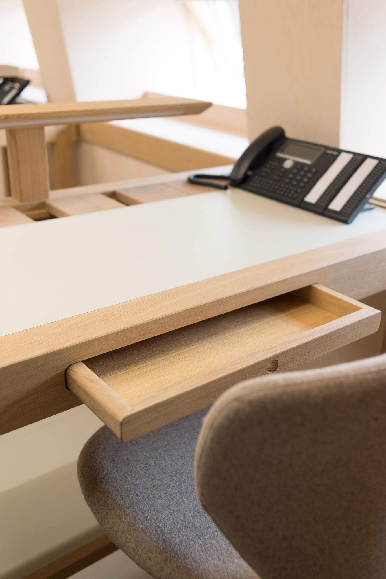 TABLE DE BUREAU DE LA FPH